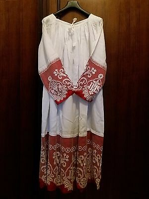 Lace alb, surplice, chasuble, vestment, catholic, Mass