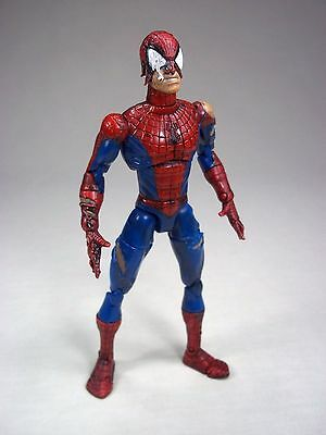 2001 Marvel Classic Ultra Poseable Battle Ravaged Damaged Spiderman Figure Toy