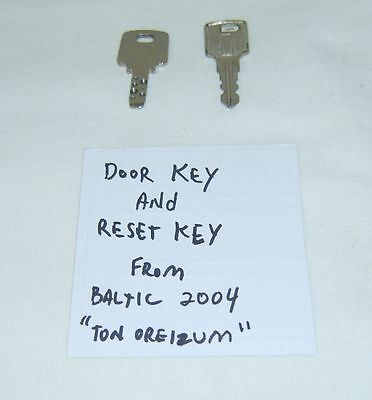 Japanese Pachislo Slot Machine Keys - Factory Original Door Lock & Reset Key
