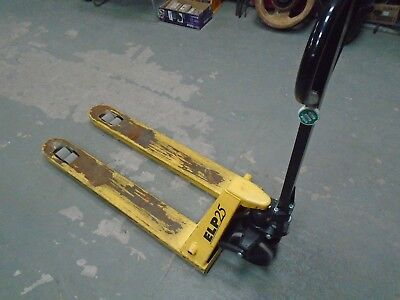 Pallet Truck Hand Hydraulic 2500 Kgs Capacity Good Used Condition Choice Of 2