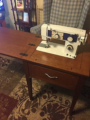 Vintage Dressmaker (Morse) Model 3692 Sewing Machine with Foldable Wooden Table