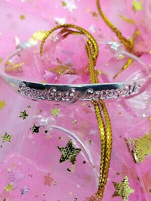 BABY SILVER SOMEBODY LOVES ME BANGLE BRACELET Birthday Christening Gift 0-1 YEAR