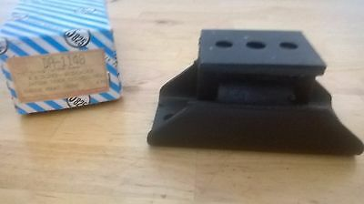 Datsun 521 gearbox-transmission mount NOS aftermarket Made in Japan