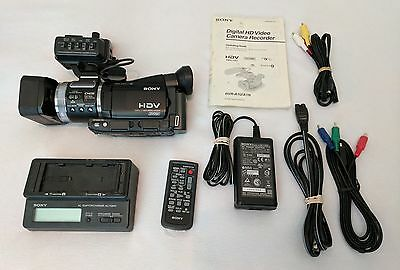 Sony HVR-A1U Digital HDV 1080i HD Camcorder Camera Recorder bundle
