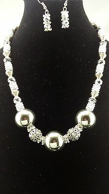 Fashion Silver Polish Ball Shape Pendant Crystal Silver Cut Glass Bead Necklace
