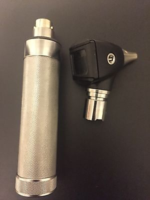 WELCH ALLYN Otoscope 25020 with Rechargeable Handle 71670 Working