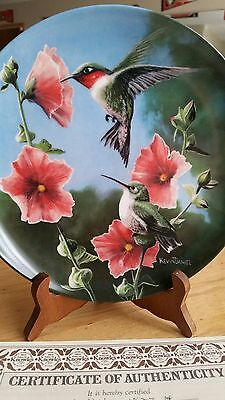 """THE HUMMINGBIRD"", Collectors Plate, Kevin Daniel, Knowles China"