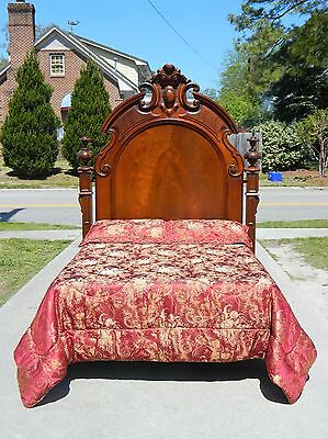 Walnut Victorian Queen Size Bed~~ Headboard with Metal Frame