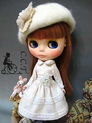C.C.T Blythe Dal Licca doll beige long sleeve dress with lace c-512