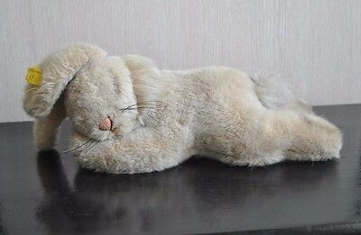 vintage STEIFF lying down Sleeping Bunny Rabbit 9.5 inches EAN: 5705/20 ? w. VGC