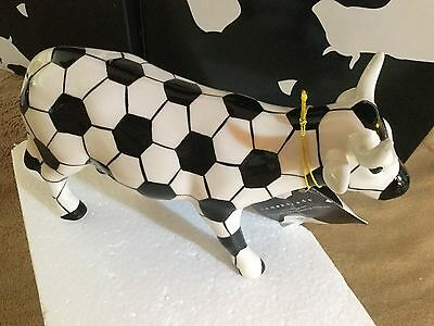 "Cow Parade Figurine "" Soccer Cow "" ( # 7363 - Retired and RARE )"