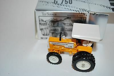 1/43 Minneapolis Moline G-750 Toy Farmer show tractor by Ertl, older, new in box