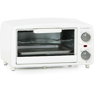 Proctor Silex Large 4-Slice Toaster Oven Broiler with Bake Pan White | 31116R