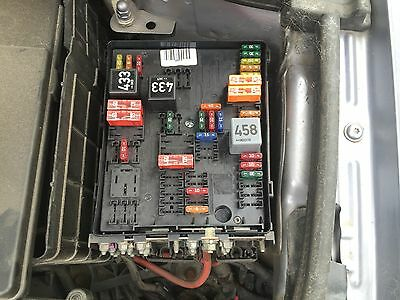 audi a3 2008 2012 2 0 tdi fuse box in engine bay picclick uk. Black Bedroom Furniture Sets. Home Design Ideas