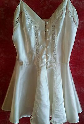 Vtg VICTORIA's SECRET Gold Label White Baby Doll Cami Front Opening M