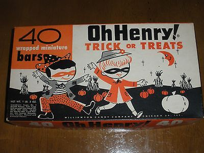 OH HENRY! HALLOWEEN CANDY BOX  Trick or Treats Vintage Original Candy Bar 1950's