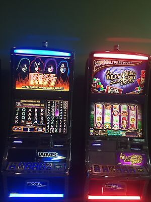 WMS BB2e SLOT MACHINE WITH KISS COLOSSAL GAME.
