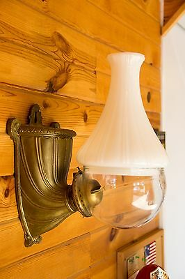 RARE! Angle Lamp Company Vintage Oil Lamp With Shade Cast Sconce Light Burner