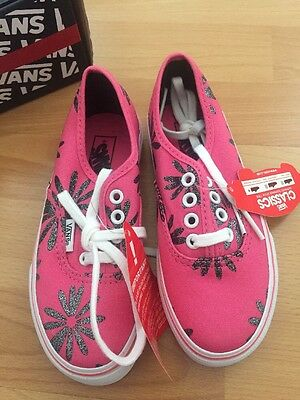 girls vans trainers off the wall 10 pink grey Glitter