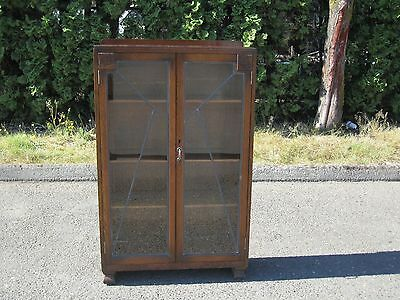 Vintage / Antique Bookcase / Bookshelf / Display Cabinet with Leaded Glass Doors