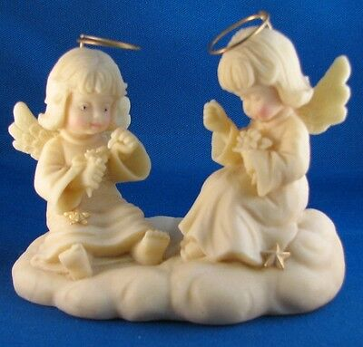 """Studio Collection Heavenly Angels """"She Loves Me Loves Me Not"""" 1994 Figurine"""