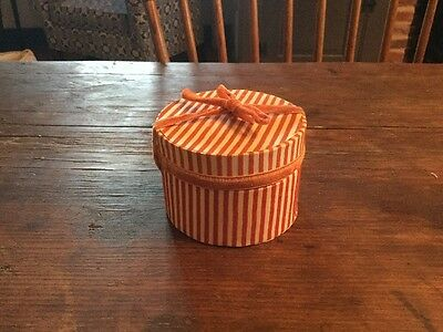 Old Vintage Miniature Hat Candy Millinery Box Antique Doll NR