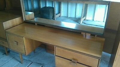 E gomme g plan dressing table