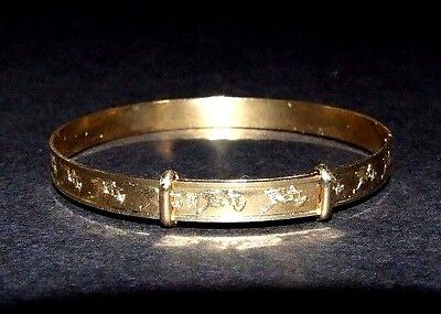 Solid 9Ct Gold Christening Bangle / Bracelet. 375. Decorated With Storks. Boxed.
