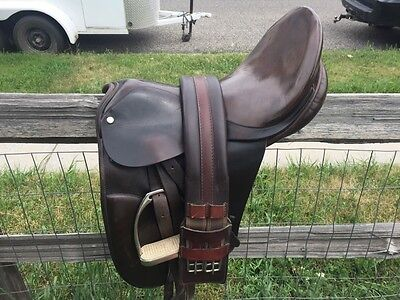 County Competitor Dressage Saddle 16.5 inches