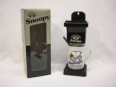 """Snoopy Peanuts coffee making kit, """"The Super Beagle"""", Determined, NEW in box"""