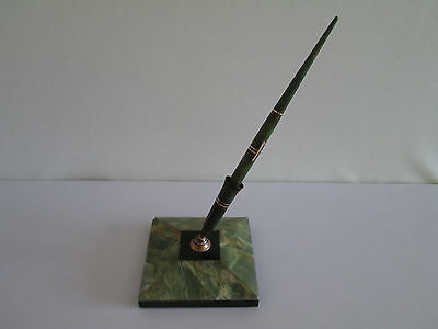 *wow* Eversharp Fountain Pen Green Marble Effect 14K Gold Nib With Desk Stand