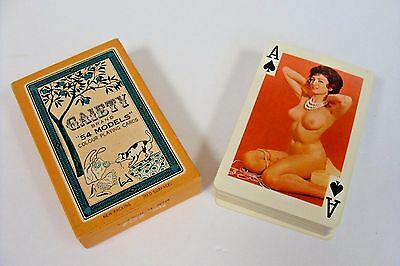 """Gaiety """"54 Models"""" Colour Playing Cards No. 202 1969**FREE SHIPPING!!"""