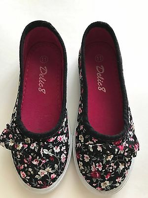 Girls FLORAL BOW SHOES Black Canvas Size 11 Flats Casual School Kids Slip On