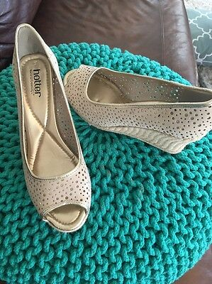 Hotter Womens Shoes Taupe  Gold Leather Wedge Slip On Peep Toes Heels  Size 7