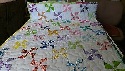 Handcrafted Handmade Girl many colors Pinwheel Baby Crib Lap Throw Quilt