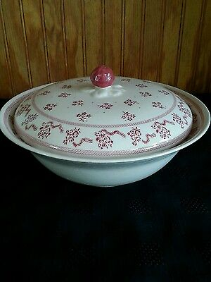 "Johnson Brothers, Laura Ashley, Petite Fleur, 9"" Covered Vegetable Bowl, England"