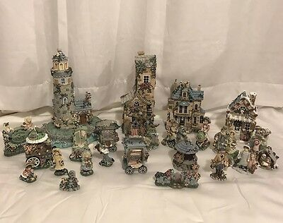 24-PIECE LOT Ivy and Innocence Figurines Susan Reader