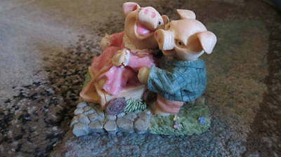 Pigs in a Wagon Figurine