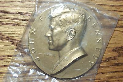 "1961 John F. Kennedy Inauguration Medal / New in Packaging!  3"" Bronze"