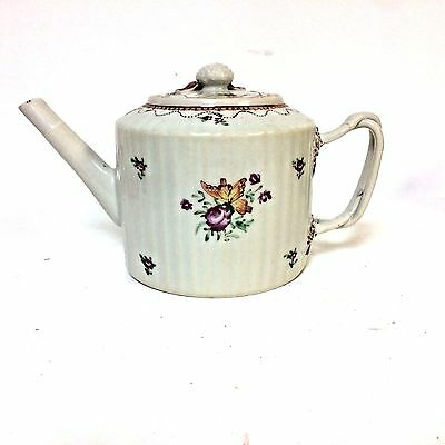 18th Century Chinese Export Porcelain Teapot