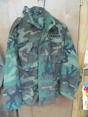 M-65 Army Field Jacket Medium/Regular Coat, Cold Weather Camouflage Woodland