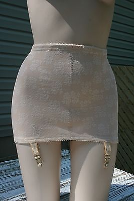Vintage Beige Lace NWT Open Bottom Retro Pinup (Item#719)