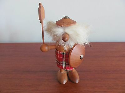 Vintage MCM VIKING FIGURINE DAYSUN Teak Wood Scottish Warrior  Rabbit Fur
