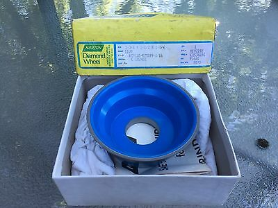 Norton Diamond Wheel 3-3/4 x 1-1/2 x 1-1/4