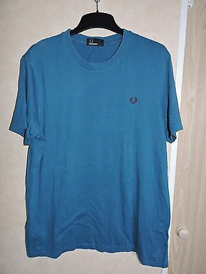 Men's Fred Perry t-shirt - size L