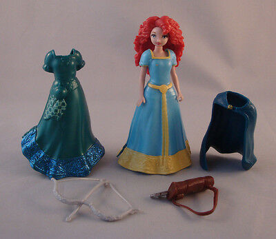 Disney Brave Princess Merida Magic Clip 2 Dresses, Cape, Bow and Arrow Loose