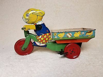 Rare 1930's Vintage J.chein & Co. Easter Rabbit Wind Up Tricycle Tin Bunny Toy !