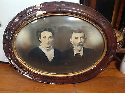 PORTRAIT OF FIRST FARRIERS OF CANOWINDRA IN ORIGINAL FRAME EARLY 1900,s