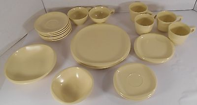 Boontonware Lot of 21 Mid Century Modern Yellow Boonton NJ Ware Melmac Dishes