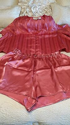VICTORIA'S SECRET  2 PC baby doll Lingerie Satin Nighty Size L GORGEOUS!!!